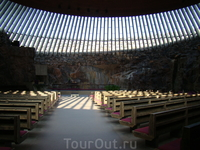Церковь на площади Темплелиаукио  или церковь в скале