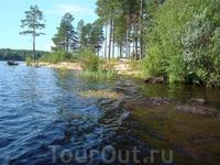 """Острова на озере Панозеро (соединено с Сегозером рекой Лужма), где любят селиться """"дикарями"""" палаточники."""