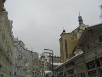 На главной улице города