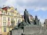 Памятник Яну Гусу - еще одна значительная деталь Староместской площади.  Ян Гус - философ, провоповедник и реформатор, боровшийся за свободу чехов был ...