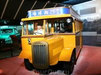 В музее истории Шанхая. Таким был транспорт в начале 20-го века.