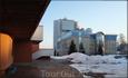 вид на дом правительства и здание Верховного Суда ЧР с площадки у Дома Детского и Юношеского Творчества