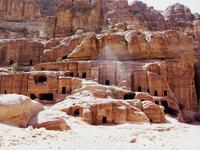 вокруг Сокровищницы - склепы, бани, храмы, фасады зданий