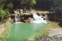 Водопад Изумрудный в Геленжике