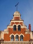 Это здание Городской ратуши, построенное в 1643 г., в 1898 г. здание было надстроено и поэтому на его фронтоне и стоит эта дата. Во время советско-финской ...