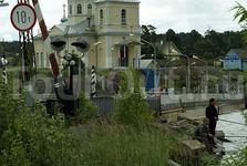 церковь на противоположном от Петрозаводска берегу залива Онеги