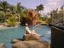 Термальные источники. У бассейна с множеством разных фонтанов. А ракурс такой не нарочно, так получилось ))))