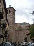 Практически в центре еврейского квартала Толедо расположена маленькая, простенькая и малоприметная на первый взгляд церковь Сан-Томе. Как и многие другие, эта церковь была перестроена из мечети после