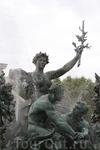 Статуя символизирующая Триумф Согласия.
