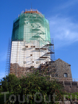 вот она самая главная башня (находится на реставрации уже полгода и еще не известно когда откроется, всё зависит от финансирования - с грустью в глазах сообщил нам один из работников музея)