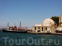Мечеть Кучук-Хасана в порту.