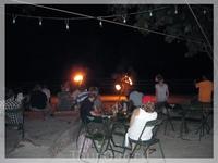 Каждый вечер в Sabai Bar проходит огненное шоу.