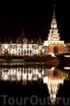 Недалеко от Дворца бракосочетания расположена Спасская башня, внешне очень похожая на благовещенскую, находящуюся на другом берегу реки Малой Кокшаги, ...