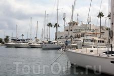 Яхты в Порт-эль-Кантауи