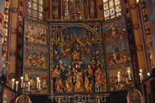 трехстворчатый алтарь в Мариацком Костеле (Краков)
