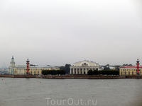 Вид на Васильевский остров со смотровой площадки Нарышкина бастиона.