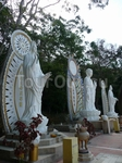 Статуи Святых на горе Такоу