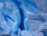Цвет ледника насыщенный голубовато-синий, словами не передать, очень красиво. Особенно если погода ясная, без облаков – тогда ледник сияет в лучах солнца ...