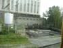 ГЭС, возле которой остановился наш автобус. Статья про Залавругу находится по адресу: http://tourism.karelia.ru/petroglify_oldzalavruga.html