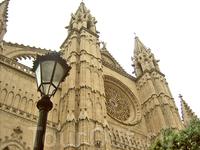 Кафедральный собор, который можно увидеть из любого уголка Пальмы
