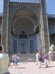 Воронцовский дворец со стороны моря.
