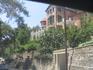 Симпатичные домишки местных жителей. Это уже вглубь от Лемассоля и Ларнаки в горы, в сторону Никосии