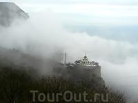 Форос..8 января...С моря поднимается туман...