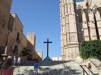 За стенами кафедрального