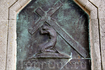 Ещё одной достопримечательностью горы Филеримос является аллея с барельефами, изображающими последний путь Христа на Голгофу. Говорят, что именно такое ...
