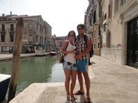 В Венеции мы были можо сказать проездом. Не останавливались на ночь. Приехали на пару часов, прошлись практически по всей и вернулись обратно к автобу