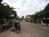 Вид на улицу в центре Сием-Рипа рядом с отелем