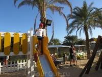 Детская площадка на пляже отеля Sindbad Beach.