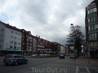 Проспект (недалеко от центра)