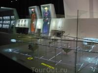 Небольшой музей с костюмами шахтеров штольни,компьютерная  установка где можно узнать всё про соль и её применение во всех отраслях от промышленности до ...