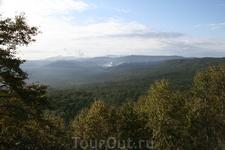 Вид с Лазовского перевала.