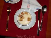 """Обед в ресторане""""Любелла""""(15 евро).На первое-венский суп-очень вкусно..."""