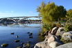 На заднем плане мост Вестерброн - самый длинный мост в Швеции. Длина моста более 600 метров