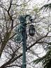 Моя коллекция фонариков обогатилась очень оригинальным экземпляром, установленным на площади у входа в Алькасар.