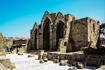 Руины старинной церкви