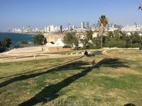 Вид с холма Яффо на Тель-Авив с юга на Север. Средиземное море