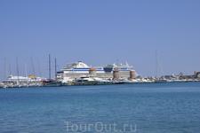 Порт города Родос