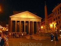 Пантеон (Pantheon, 27 г. до н.э.)...храм, посвященный всем богам (греч. pan - все, theos - боги), уникален вдвойне: кажется чудом и то, что зодчие древности сумели построить такой храм, и то, что он д