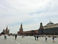 А вот и она - Красная площадь, одна из самых известных достопримечательностей России