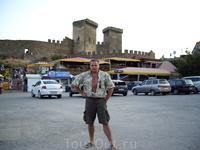 площадь перед крепостью