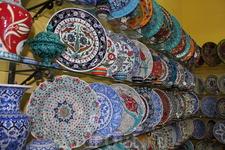 Великое множество керамики. рынок в старом городе