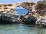 Всем советую брать на Крит резиновые тапочки, в них удобно по скалам лазить и морские ежи не страшны
