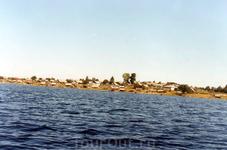 Вид на село Паданы со стороны озера