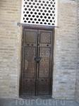 Резные двери в Узбекистане просто поражают своей красотой