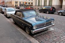 Многие старинные автомобили в Финляндии удивляют отсутствием зеркал заднего вида.