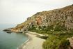 Пальмовый пляж Превели с холодным Ливийским морем. Так как горные ручьи с рек в большинстве текут на южный берег острова, ливийское море более бодрит, ...
